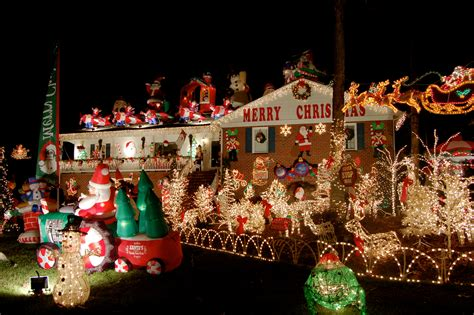 16 fabulous outdoor christmas decorations the road to