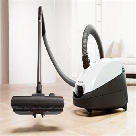 vacuums  hardwood floors  vacuum   home