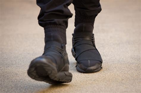 Adidas Y 3 Qasa High Blackwhite Premium High Quality 1 adidas y 3 qasa high in all black sole collector