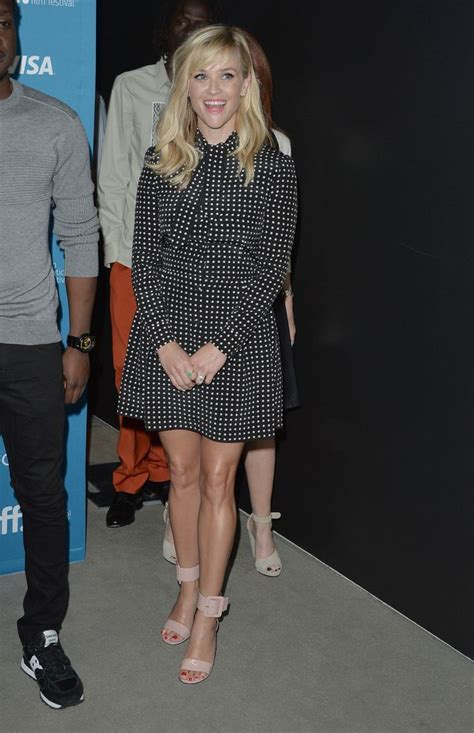 Reese Witherspoon To Beckham Look At Whos Wearing Your by 50 Best Reese Witherspoon Style Images On