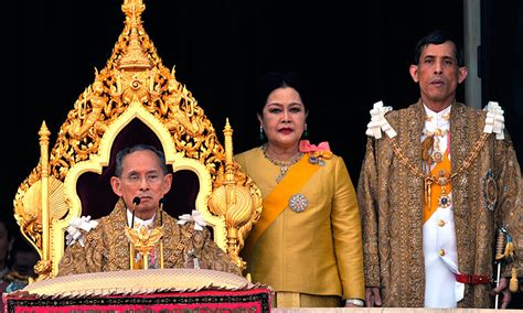 film story of queen thailand king bhumibol of thailand dies at 88 hello us