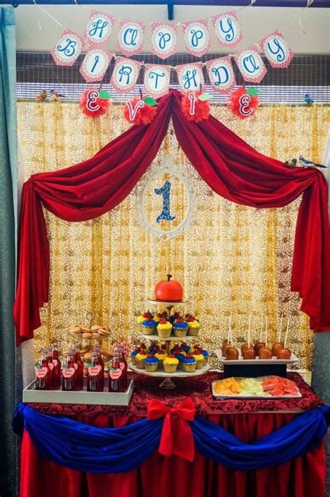 Snow White Decorations by 17 Best Ideas About Snow White Birthday On