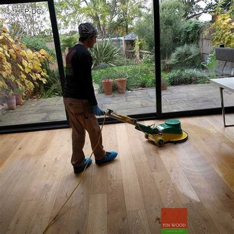 Wood Floor Professional Cleaning by Hardwood Floor Professional Cleaning Scrubbing