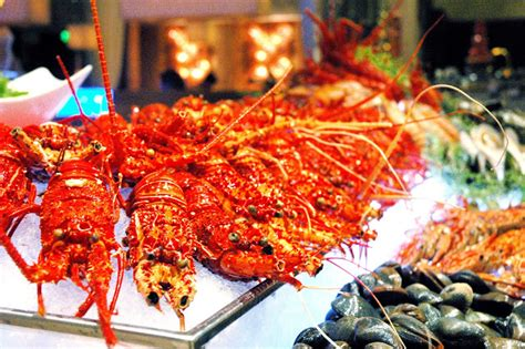 dude for food awesome lobster buffet at diamond hotel s