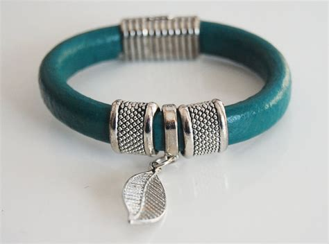 Gelang Dominica Leather Bracelets teal green licorice leather bracelet bangle bracelet leaf cha ferozasjewelery pinklion
