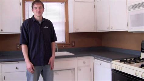 youtube how to paint kitchen cabinets painting kitchen cupboards youtube