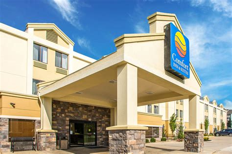 Comfort Inn Suites Kansas City by Comfort Inn Suites Kansas City Northeast Kansas City United States Of America Orbitz
