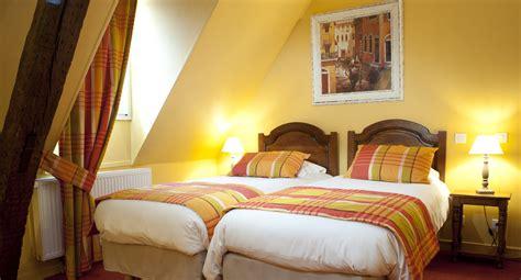 hotel dijon chambre familiale h 244 tel wilson ch 226 teaux et h 244 tels collection 224 dijon c 244 te
