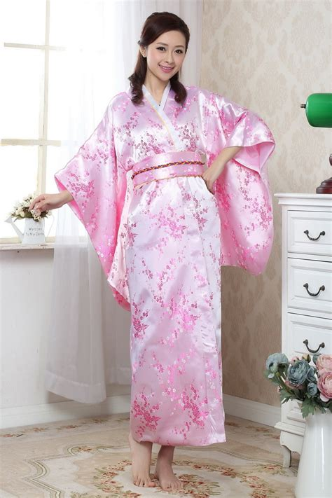 pink kimono wardrobe mag