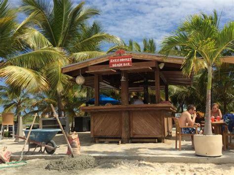Tiki Bar Turks And Caicos Pillory Tiki Bar Picture Of Pillory Grand