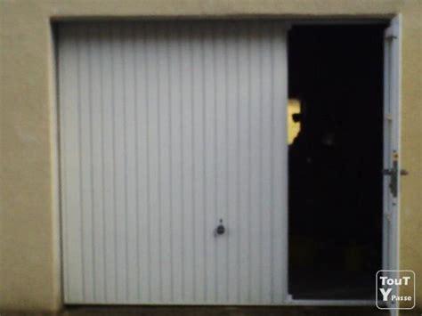porte garage basculante portillon porte de garage avec portillon comme neuve anglards de