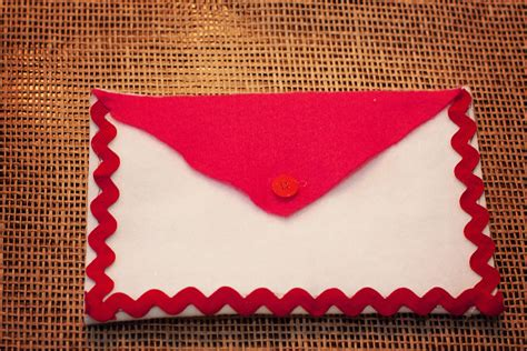 last minute valentines day craft felt envelope