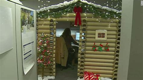 epic holiday office decorating contest epic office cubicle will amaze you cnn