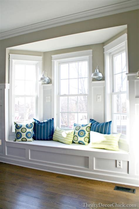 Kitchen Bay Window Seating Ideas Pillows Pillows Everywhere From Thrifty Decor