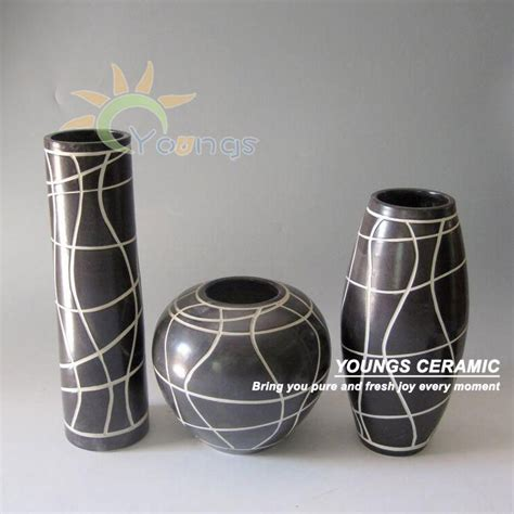Decorative Black Vases European Modern Decorative Ceramic Porcelain Black Vases 3