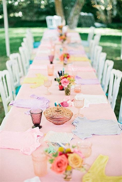 baby shower table setting 37 sweetest baby shower table settings to get inspired digsdigs