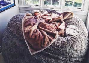 Huge Lovesac This Lovesac Pillow Chair Is As Big As A Bed And You Ll