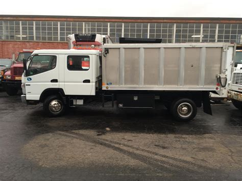 mitsubishi trucks 2014 mitsubishi fuso trucks for sale 792 used trucks from 629