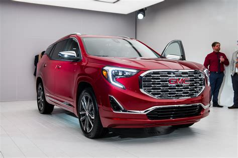Buick Terrain 2018 Gmc Terrain Prices And Expert Review The Car Connection