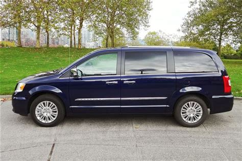Catok Mini By Grand Platinum test drive 2015 chrysler town country limited platinum