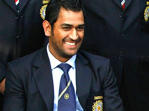 biography movie of dhoni ms dhoni s biopic in bollywood to be shelved filmibeat