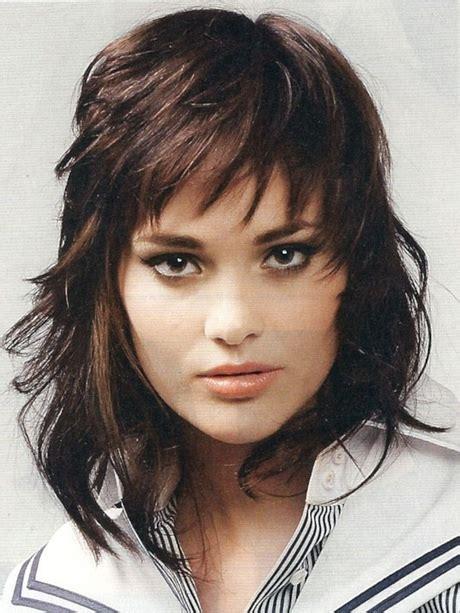 shaggy layered medium length hairstyles from the 1970s medium shag haircuts