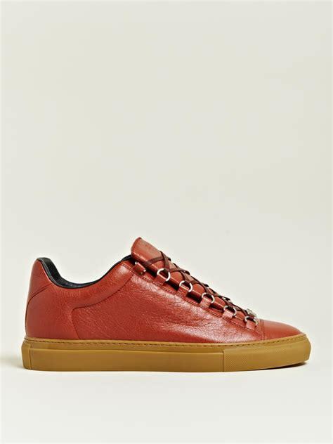 mens balenciaga arena sneakers balenciaga balenciaga mens arena trainers in brown for