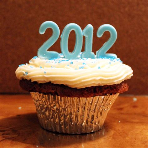 happy new year cupcakes croatian crafter welcome 2012 cupcakes