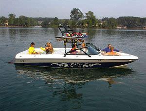 malibu boats press release malibu releases 2002 model line boats
