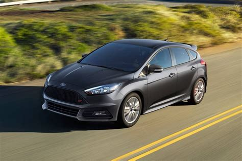 New Ford Focus St 2018 by 2018 Ford Focus St Light Car Preview And Rumors