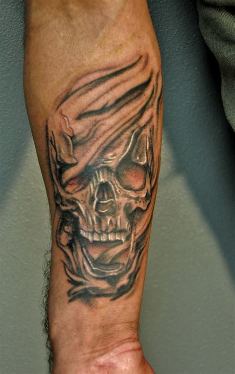 realistic skull tattoo by trent valleau by trentv on