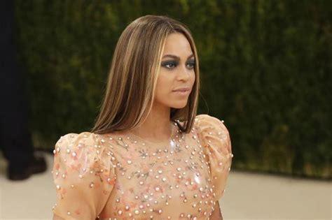 Beyonce Bathroom by Beyonce Speaks Out Against Carolina S Bathroom