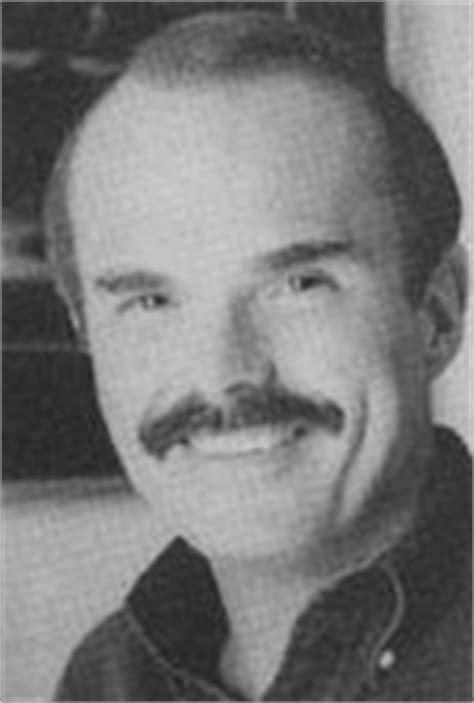 Dean R. Koontz: biografía y obra - AlohaCriticón