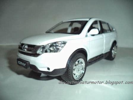 Bmw Spesial Edition Miniatur Mobil mainan miniatur mobil lu nyala dan ada suara musik dan