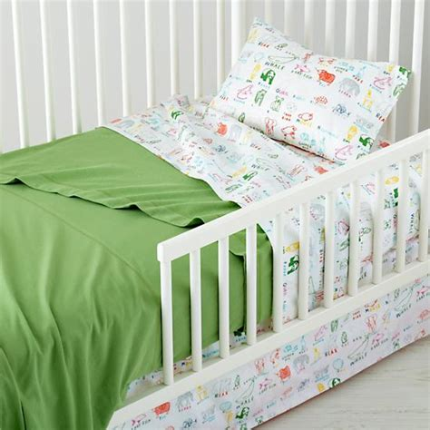 Toddler Bed Linen Sets Bedding Sets A Bedding Guide For Expectant