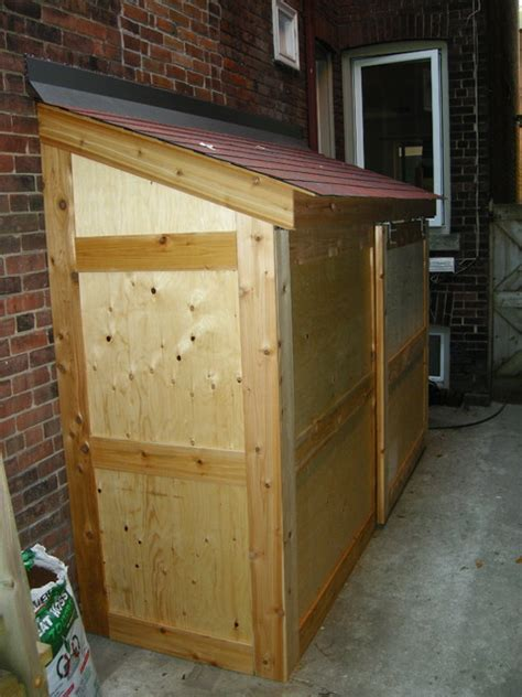 Shed Sliding Door by Small Storage Shed With Sliding Door