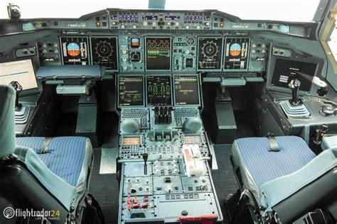 b737 max flight deck flightdeck