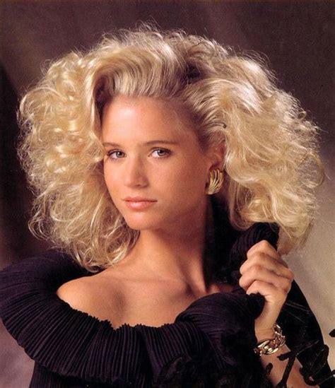 1980s short wavy hairstyles best 25 80s hairstyles ideas on pinterest 80s costume