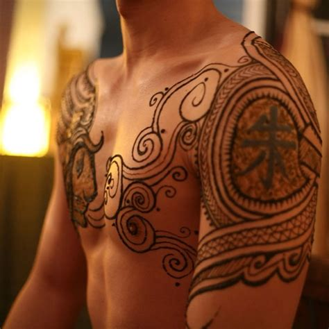 henna tattoo on men menna trend sees wearing intricate henna tattoos