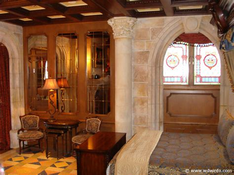 cinderella castle room cinderella castle suite 22 disney photo gallery