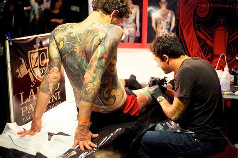 tattoo convention vienna november 2016 le foto della milano tatto convention rolling stone italia