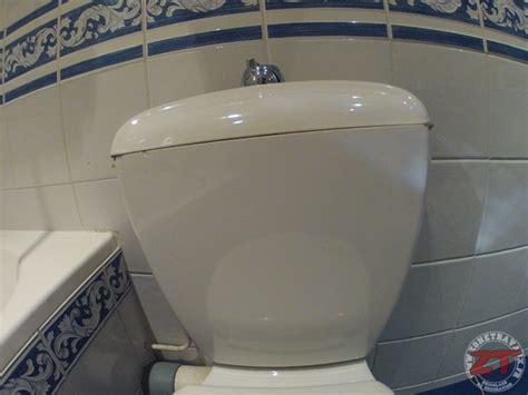 toilettes qui fuient r 233 parer des toilettes qui fuient