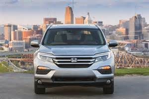 2016 Honda Pilots 2016 Honda Pilot Front End Photo 2