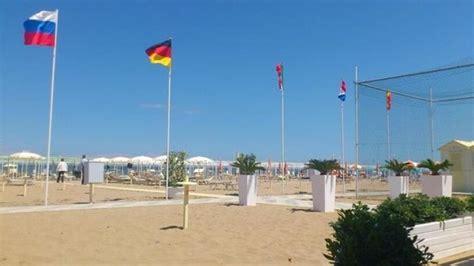 bagno 135 riccione spiaggia 61 della rosa riccione italy address phone