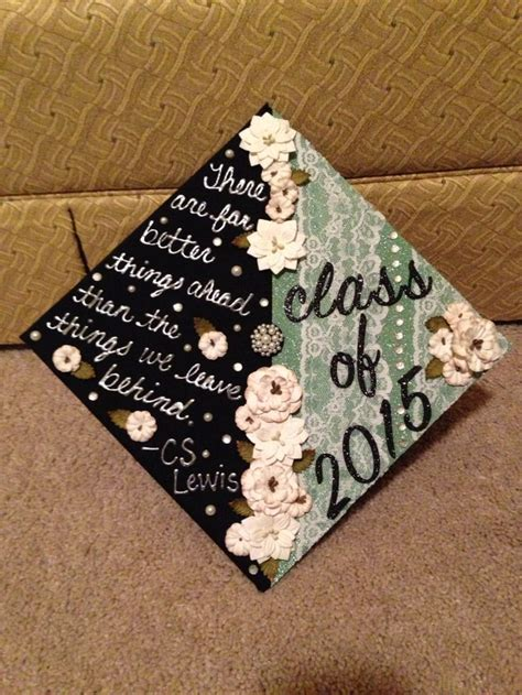 Graduation Caps Decorated by Best 25 Decorated Graduation Caps Ideas On