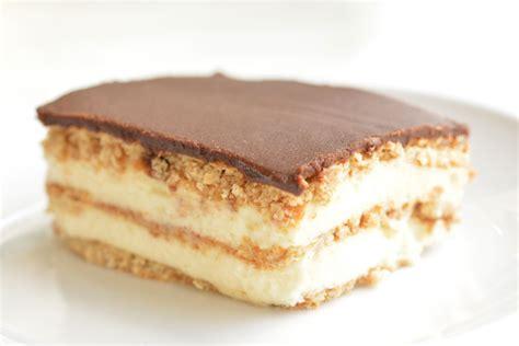 Chocolate Eclair chocolate eclair cake