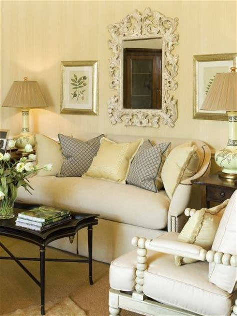 Decorating Small Living Rooms by Color Outside The Lines Small Living Room Decorating Ideas