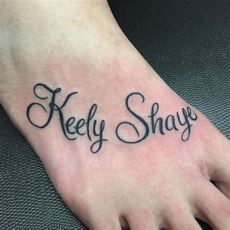 name tattoo ideas on foot name tattoos on foot creativefan