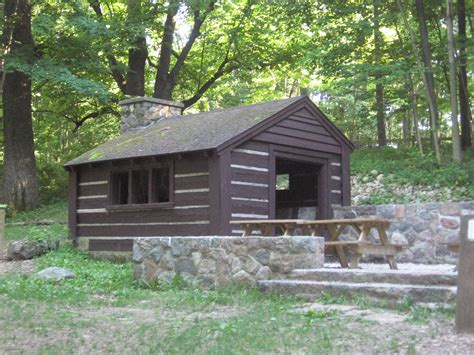the shelter file spring shelter pokagon park jpg wikipedia