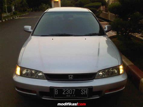 Lu Depan Honda Accord 2008 1 Set honda accord cielo vtec 2 2 silver m t 1997